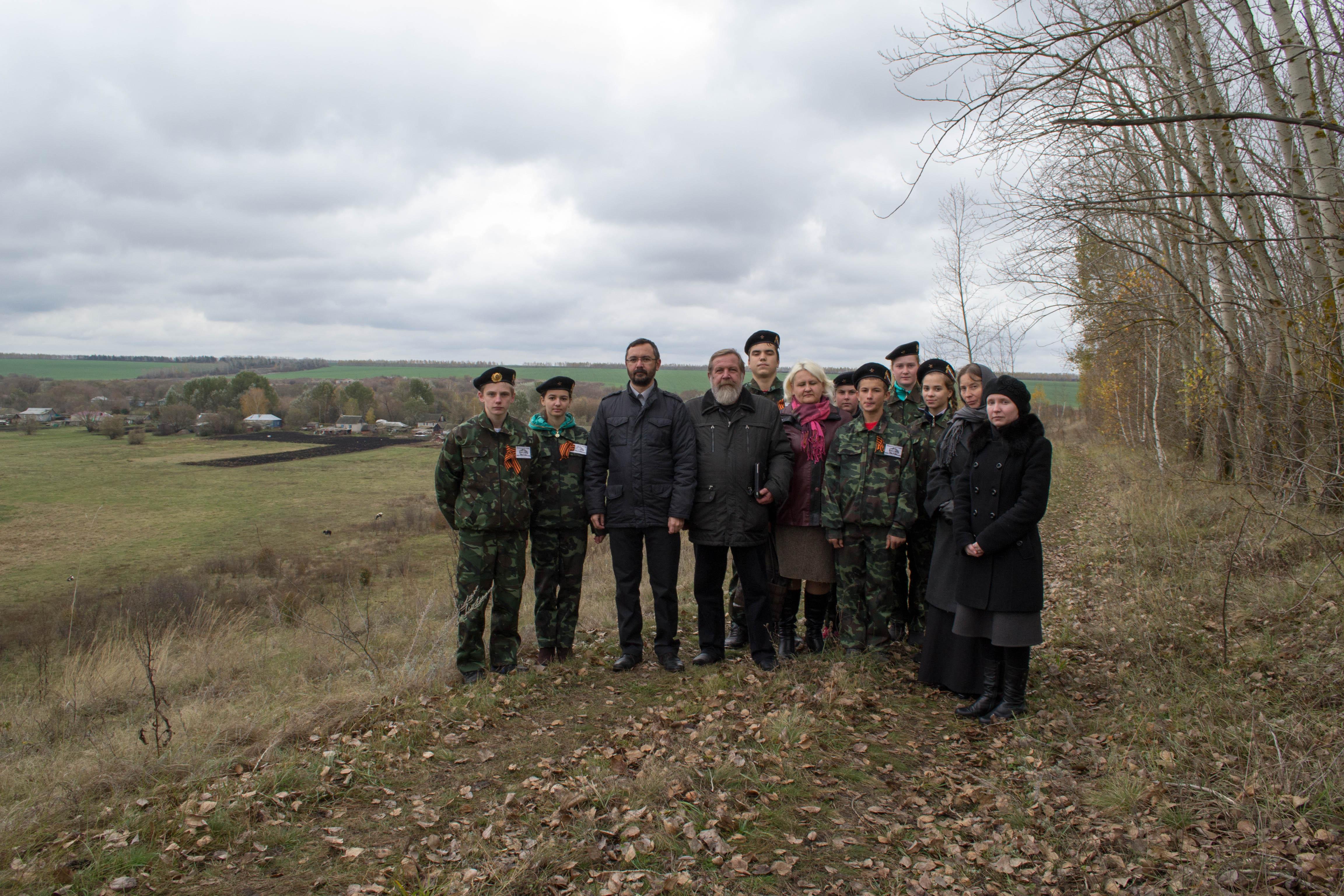 С поисковым отрядом школы села Ильинка Уметского района